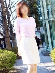 ミセスラウンジ東京の結佳さん